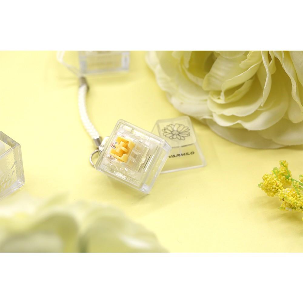 Varmilo EC Daisy Yellow Keychain